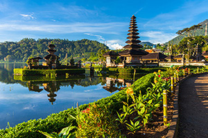 indonesie bali temple ulun danu bratan  it