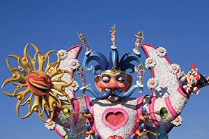 italie viareggio chars de carnaval  fo