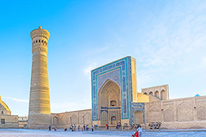 ouzbekistan bukhara great minaret  it