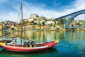 portugal porto panorama bateaux traditionnels  fo