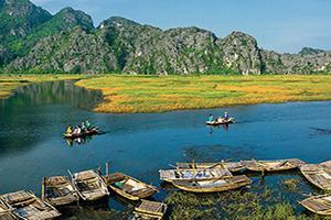 vietnam lagune van long ninh binh  fo