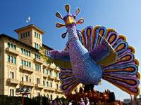 les extraordinaires carnavals de venise et viareggio