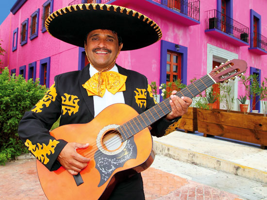 mexique guitariste mexicain  fotolia
