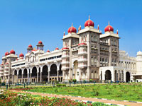 mini inde mysore palace  istock
