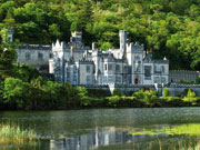 mini irlande abbaye de kylemore  istock