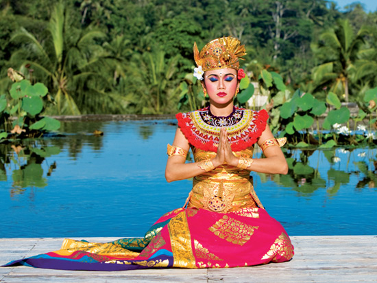 indonesie danseuse balinaise