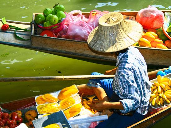 thailande marche flottant  fotolia